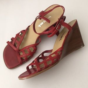 """White Mt. red """"Sonny"""" ankle wedges"""